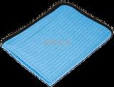 BLUE WAFLE Mikrovláknová utierka na sušenie s dokonalou absorpčnou schopnosťou bez zanechávanie šmúh a vypadania chĺpkov s rozmerom 60x90cm a gramážou 380gr/m2 na opakované použitie. Výrobca SULKA.